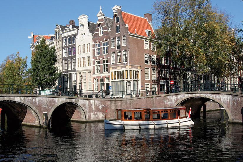 image Amsterdam Pays Bas touringboat historique  fo