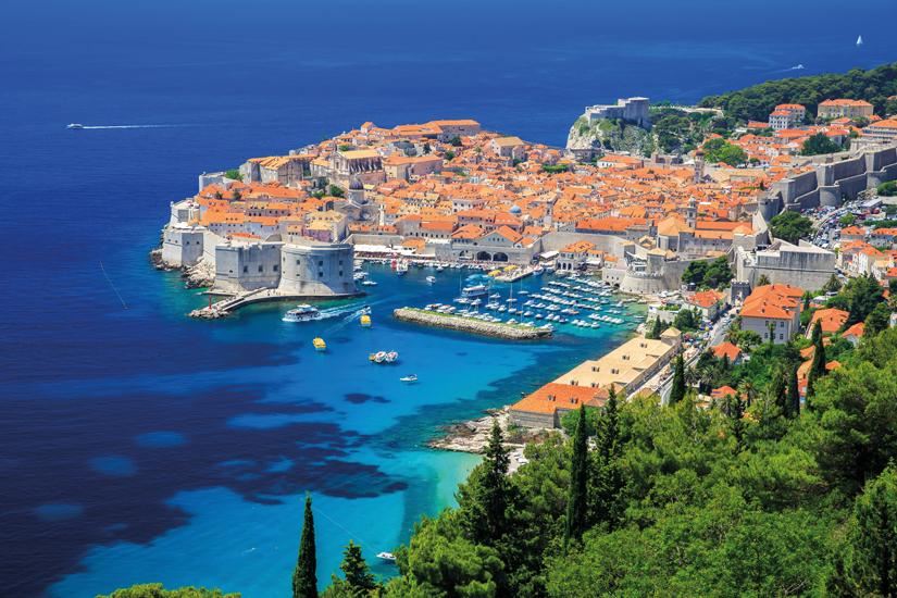 image Croatie dubrovnik vue panoramique ville fortifiee 04 fo_71208436