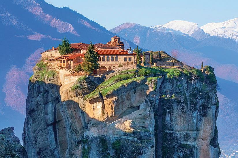 image Grece Meteora vue sur la monastere de saint Trinite  it