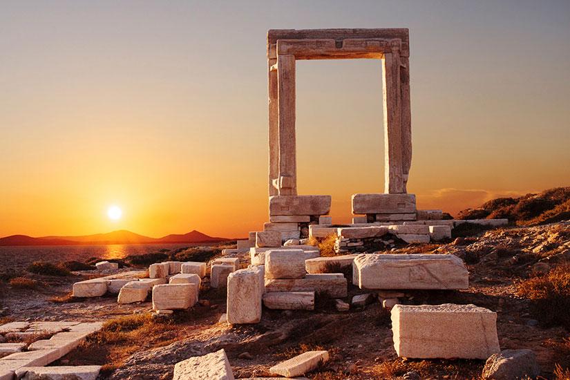 image Grece Portara porte Naxos  it