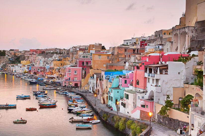 image Italie Naples Corricella  it