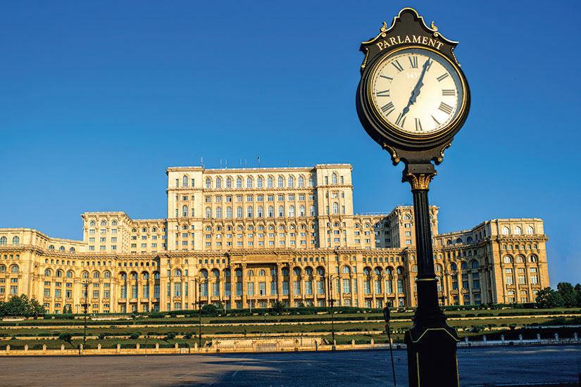 image Roumanie Bucuresti Maison du parlement  fo