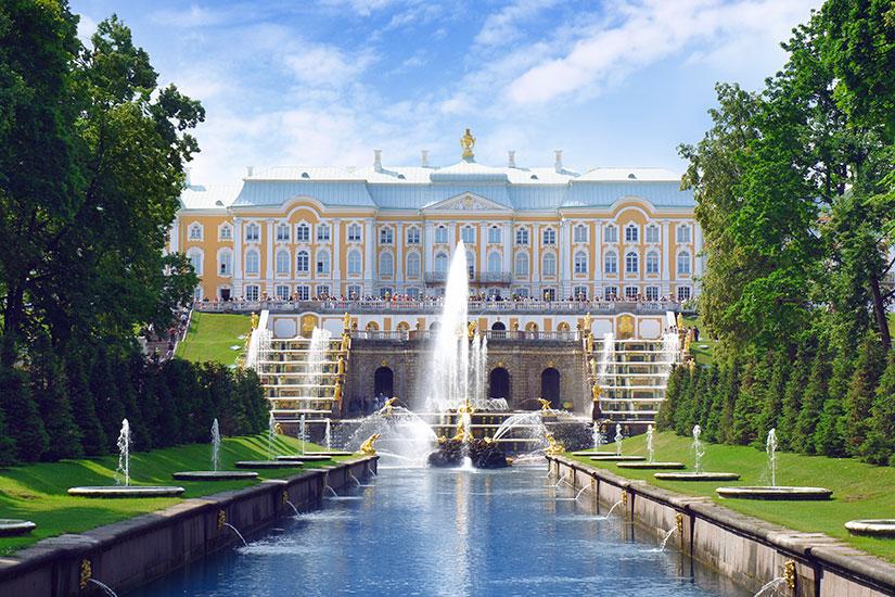 image Russie Saint Petersbourg Peterhof jardin  it