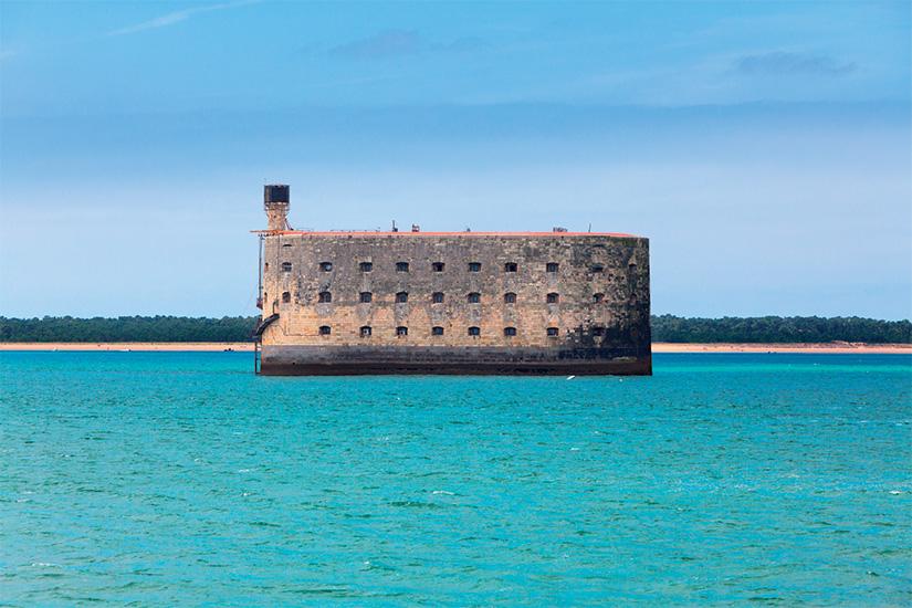 (image) image Fort Boyard Ile d Oleron France 21 as_116150214