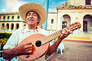 circuit cuba trinidad musicien mandoline  it